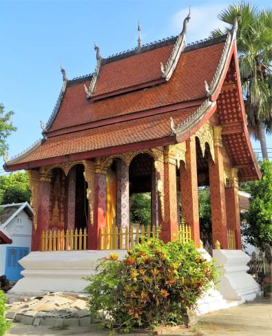 Templo secundário no Wat Sensoukharam