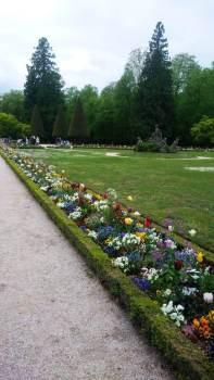 Jardim impecável do Palácio Residenz