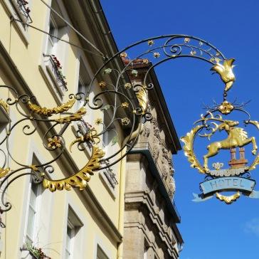Letreiros em ferro fundido na romântica Rothenburg