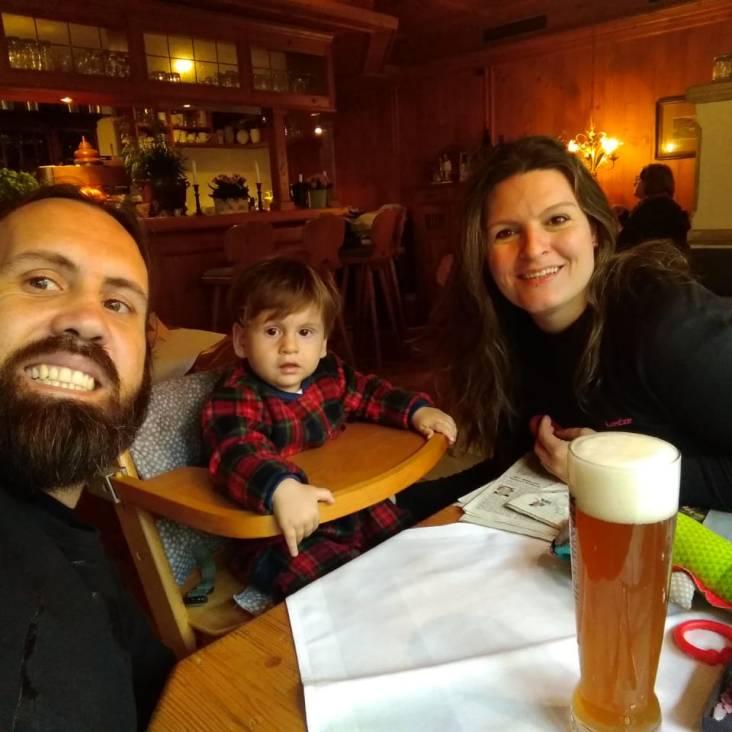 Almoço no Am Hexenturm em Landsberg am Lech, aniversário da mamãe 35 anos!