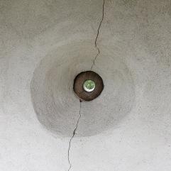 Essa mira pode ser ajustada virando a esfera de madeira para a posição desejada