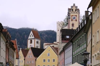 Detalhe dos telhados e igrejas e Fussen